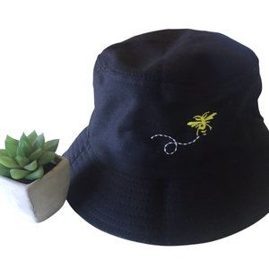 BUCKET HAT BEE EMBROIDERY | size 58 NEW